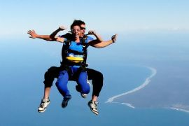 Skydive Tandem from 15000ft, Byron Bay