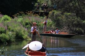 Private Guided Punting Boat Tour for a Family
